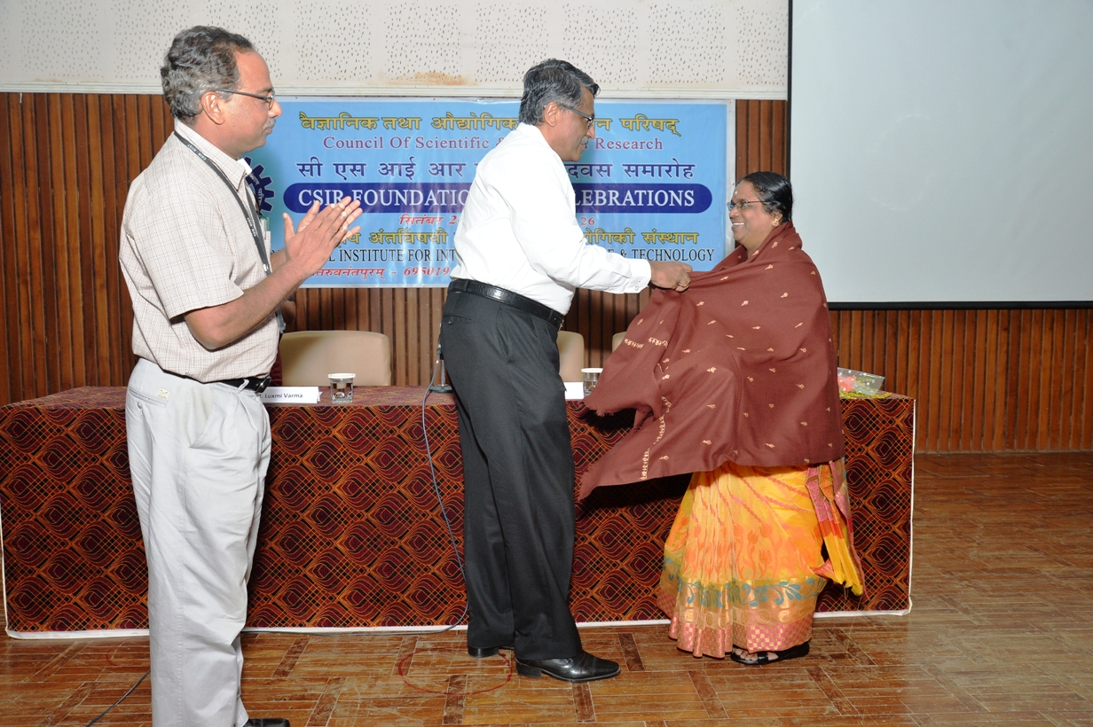 /wp-content/gallery/csir-foundationday/6.JPG