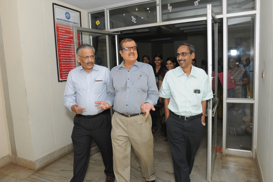 /wp-content/gallery/csir-foundday_2014/csir-foundation-day-24-sept-2014-114.jpg
