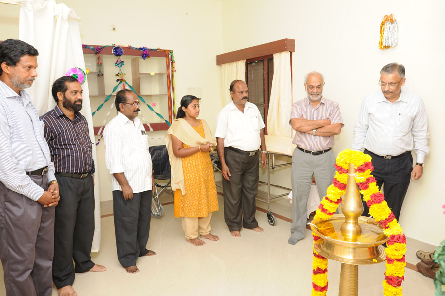 /wp-content/gallery/dispensary-inauguration/rcdec2012-67.jpg
