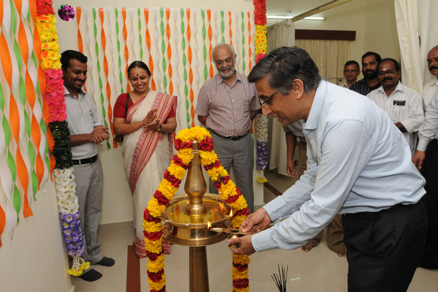 /wp-content/gallery/dispensary-inauguration/rcdec2012-81.jpg