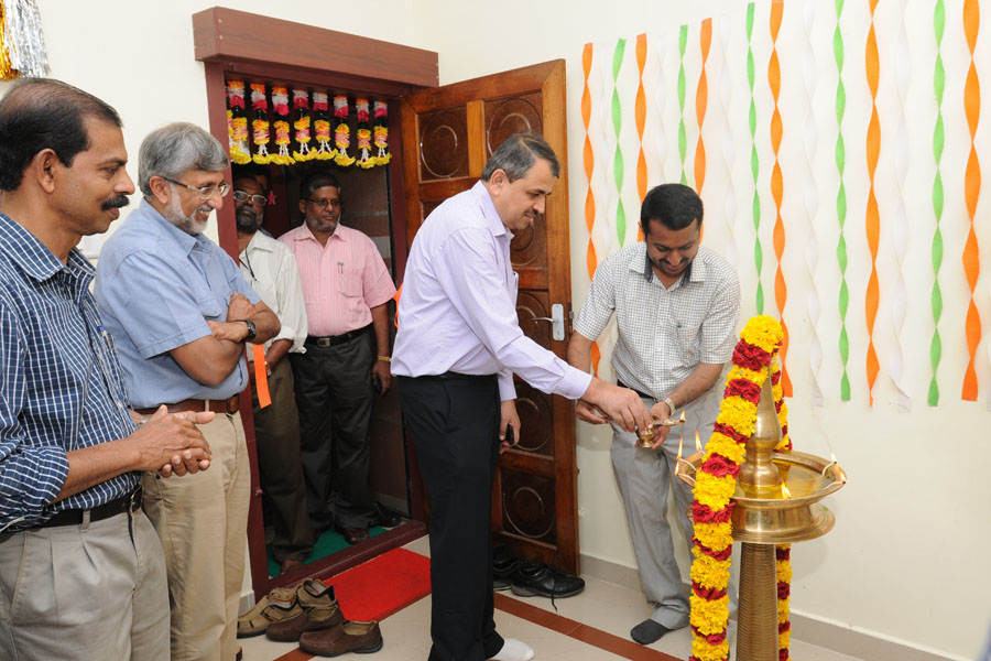 /wp-content/gallery/dispensary-inauguration/rcdec2012-83.jpg