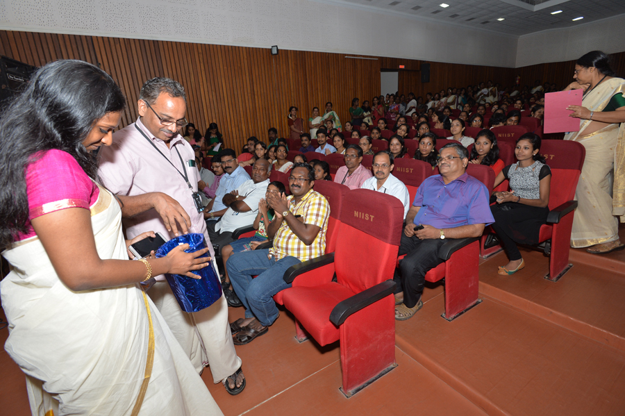 /wp-content/gallery/onam2015/gns_1313.jpg