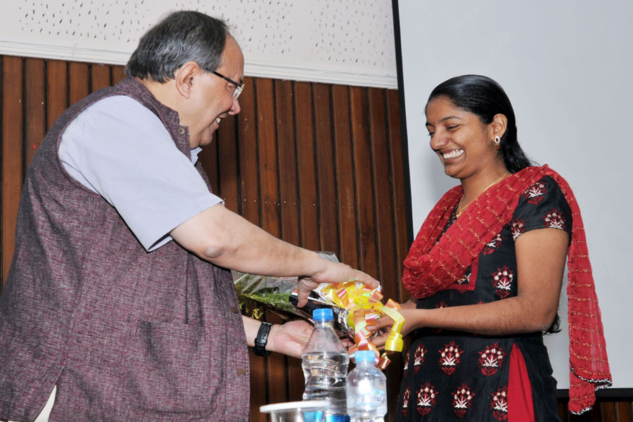 /wp-content/gallery/osdd-meeting-on-4th-october-2012/gns_0174.jpg