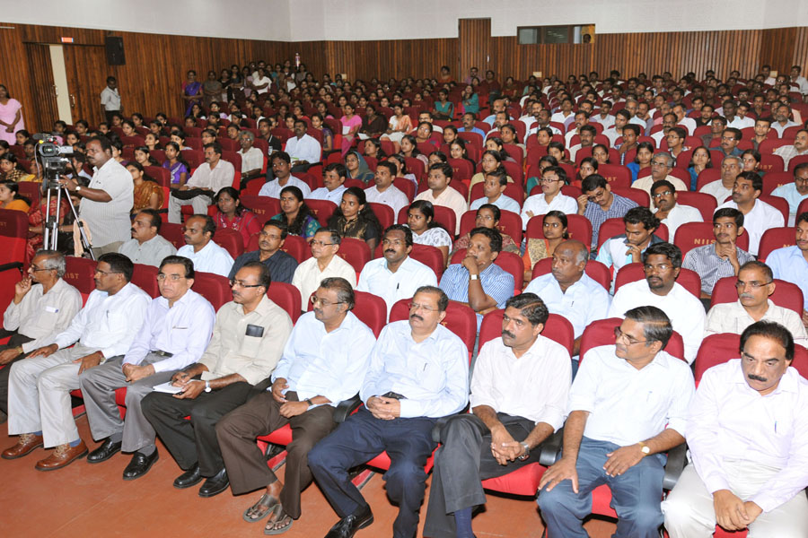 /wp-content/gallery/osdd-meeting-on-4th-october-2012/gns_0177.jpg