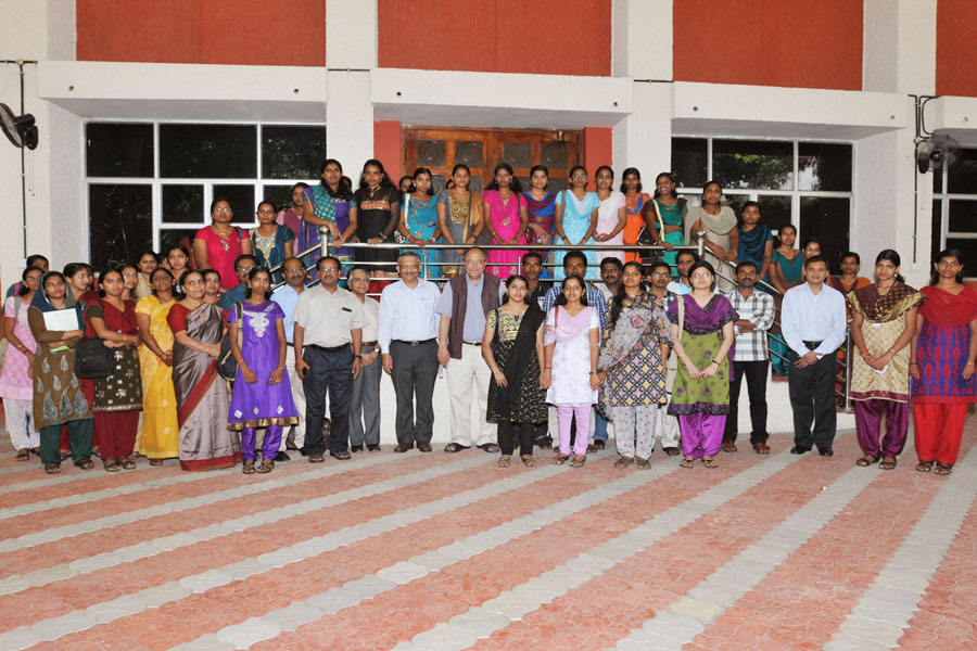 /wp-content/gallery/osdd-meeting-on-4th-october-2012/gns_0286.jpg