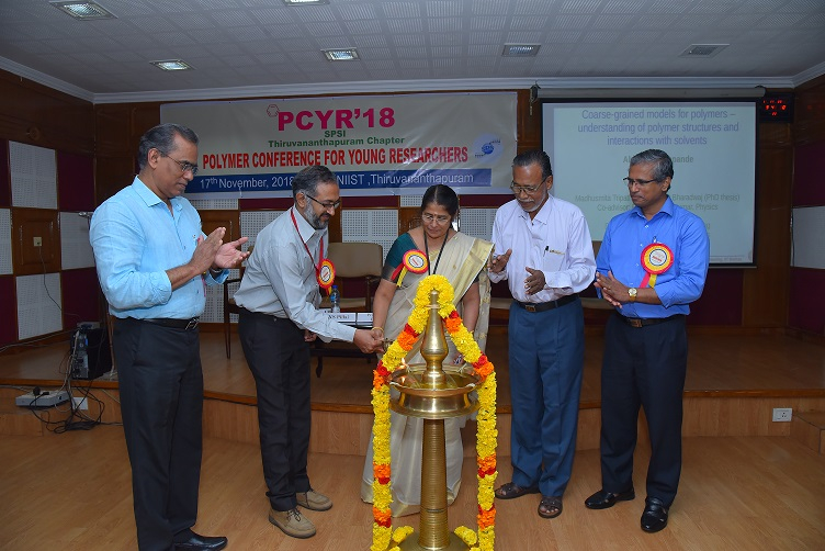 /wp-content/gallery/polymer-conference-for-young-researchers-2018//PCYR-2018CPSI_Ttrivandrum_Chapter_15.JPG